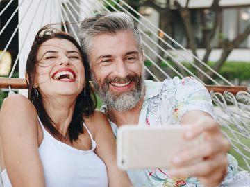 Les présentations idylliques des relations sur les médias sociaux